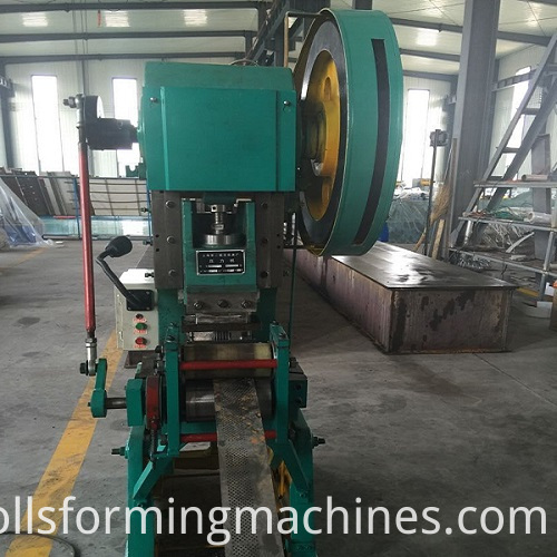 Metal Roller Door Machines Color Steel Garage Door Machinery